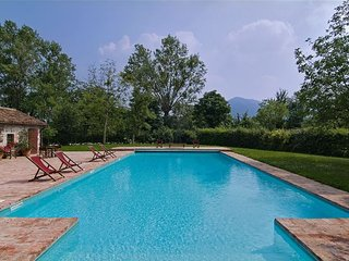 Rovolon Villa Sleeps 14 with Pool Air Con and WiFi - 5679801