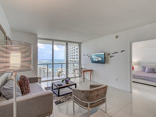 Sleek & Trendy 1B/1B in Heart of Brickell!