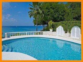 Whitegates - 5* beachfront villa - Private pool