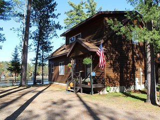 Birch - Elbert's - Hiller Vacation Homes - Free WIFI