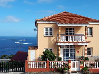 Casa Junonia, Con Balcón, Centro B