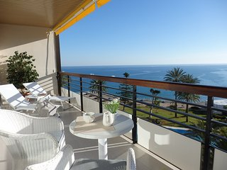 WATERFRONTMALAGA, ST2-Wifi,Garage,Pool,Garden,Air-Con,Parking,3DTV-SAT 42,