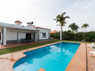 Cosmos Suite I - Villa espectacular con piscina y jardin privados