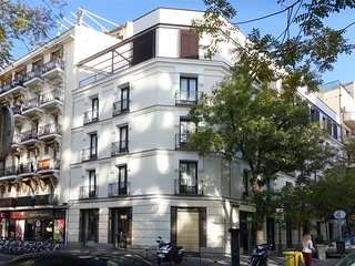 Urban Loft Luchana - Modern studio in best part of Madrid - Wifi + Netflix