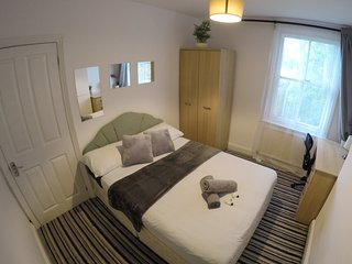 Cosy double room in central Oxford 2