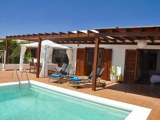 Happy Villa con piscina climatizada
