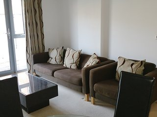 Fabulous 2 bed/2 bath apt. Perfect for Ashmolean Museum/colleges. Superb value!