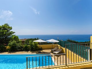 EXCLUSIVE PANORAMIC VILLA with PRIVATE POOL !