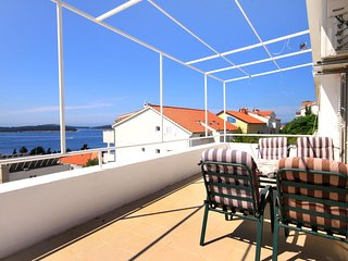 Stiniva Apartment Sleeps 4 with Air Con - 5458858