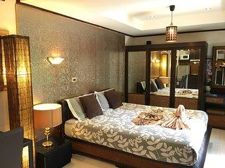 R3: Grand studio 45 sqm apartment near Jomtien beach and Pattaya center
