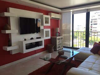 Central condo unit in the best street of Condado, San Juan