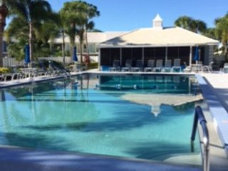 It's Not Too Late! 2B/2B Condo available for season at the Plantation G & CC