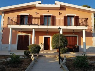 Bed and Breakfast Villa Fatima with swimming pool.
