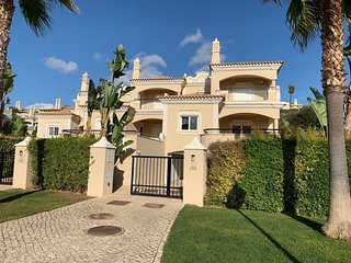 3 bedroom Villa with Pool, Air Con and WiFi - 5815140