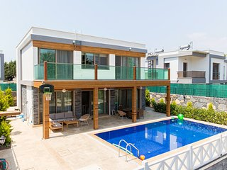 3 bedroom Villa with Pool, Air Con and WiFi - 5818738