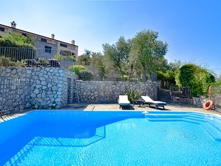 1 bedroom Villa with Pool, Air Con and WiFi - 5819277