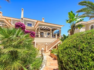 Quinta do Lago Town House Sleeps 8 with Pool and Air Con - 5819467