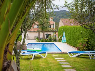 7 bedroom Villa with Pool and WiFi - 5819808