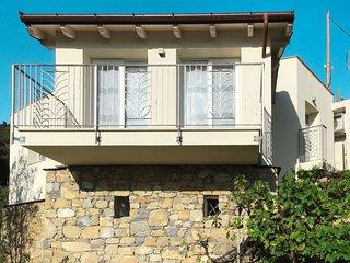 2 bedroom Villa with Air Con and WiFi - 5820159