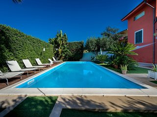 Rione Catalano Villa Sleeps 6 with Pool and Air Con - 5820225