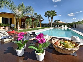 3 bedroom Villa with Pool, Air Con and WiFi - 5820420