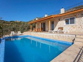 Kalkan Villa Sleeps 4 with Pool Air Con and WiFi - 5820467