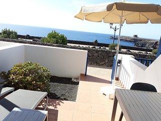Villa 102, 1 dormitorio, primera línea de mar .Playa Blanca