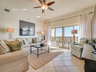 Gorgeous beach condo~relax & have no worries - we'll take care of the rest!
