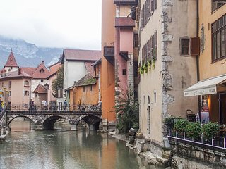 Awesome apartment in Annecy w/ WiFi and 1 Bedrooms