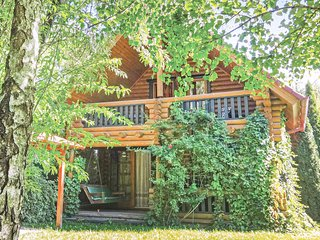 Awesome home in Aporka w/ 3 Bedrooms