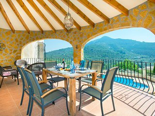 Alcalali Villa Sleeps 6 with Pool Air Con and WiFi - 5820589