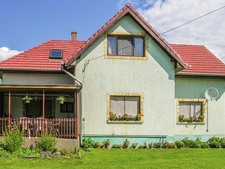Beautiful home in Vonyarcvashegy w/ WiFi and 2 Bedrooms (UBN806)