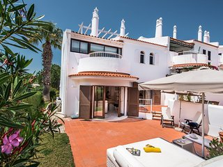Quinta do Lago Town House Sleeps 7 with Pool and Air Con - 5812933