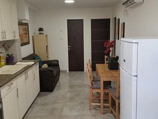 2 BD Luxurious Vacation Suite on Lachish