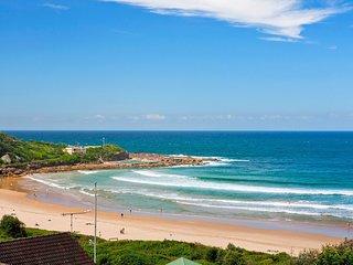 Freshwater Dazzling Beachside Panorama