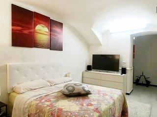 Suite in seminterrato privato in appartamento condiviso