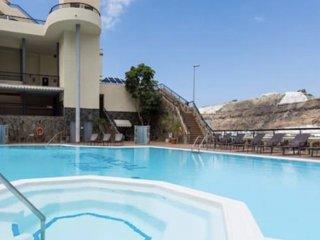 Luxury duplex next to swimming pool
