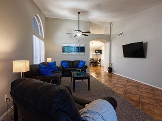 WESTGATE VACATION RENTAL/RELAX IN SPA/WALK TO CARDINALS/COYOTES/CLOSE TO EVENTS