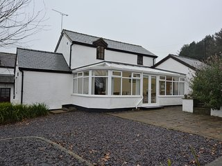 77635 Cottage situated in Conwy (4.5mls SE)