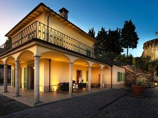 Tuscany villa beetwen Lucca and Florence