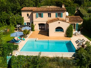 06.560 - Rental with pool ...
