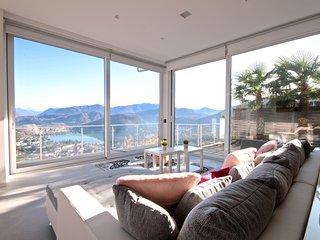 Mirage holiday apartment, Lake Lugano.