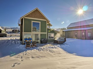 NEW! Fraser Home w/Fireplace, 6 Mi to Winter Park!