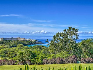 Living Aloha: A Quiet Hawaiian Condo w/Ocean Views