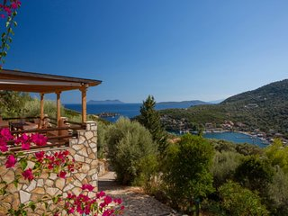 VILLAS CARISMA - Natural Style Villas for 14+ people