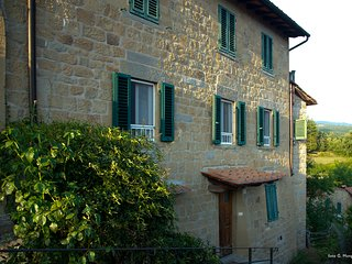 Romantic holiday cottage in a castle shadow, Casa Martina