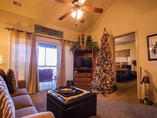 *Decorated for Christmas* - 3 Bedroom/ 3 Bathroom condo at Stonebridge!