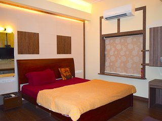 Apartment In Mumbai-City Centre (Hinduja Hospital)