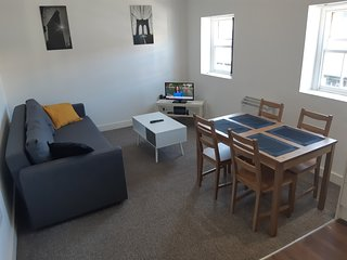 Quilt House, Apartment 9 - Doncaster Town centre apartment for 4