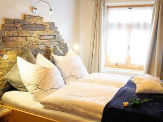 Eines der beiden Doppel-Schlafzimmer, das 'Eulennest'